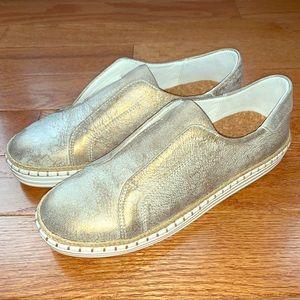 JSlides NYC KARLA Slip-On Sneakers Silver Metallic